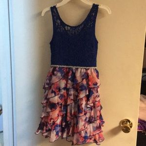 Girls sz 10 dress beautiful